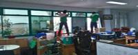 dịch vụ lau kính tòa nhà văn phòng